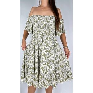 YOU+ALL Green White Floral Print Off The Shoulder Shirred Dress Plus Size AU 24